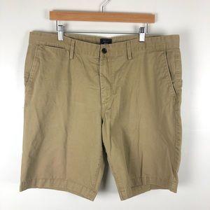 Gap men's chino khaki shorts 40
